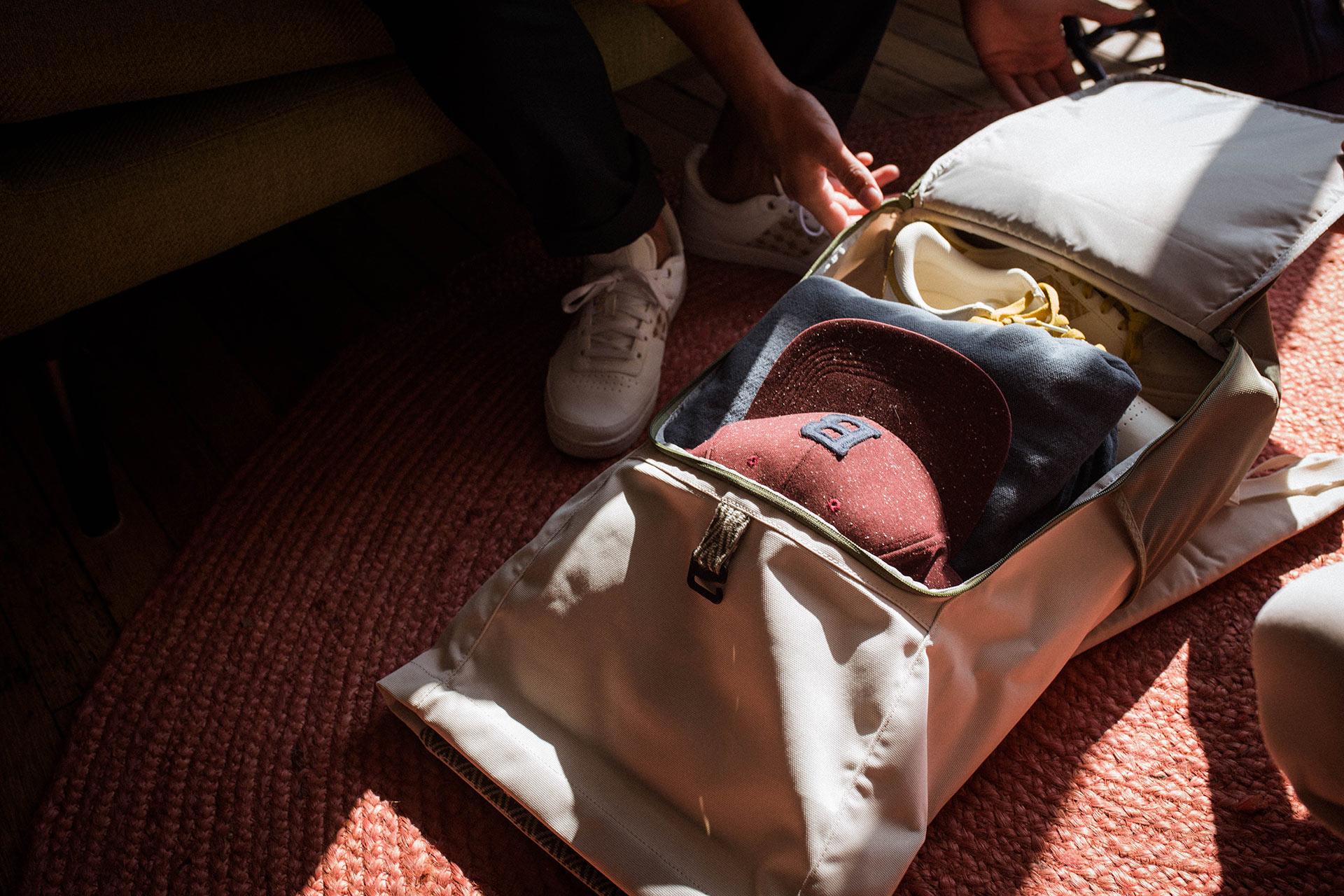 antoine-cornou-ngo-backpack-blanc-3